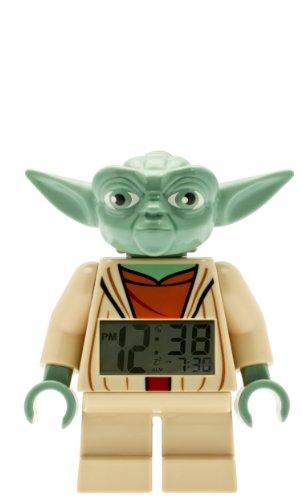 LEGO Star Wars 9003080 Yoda Kinder-Wecker mit Minifigur und Hintergrundbeleuchtung| grün/braun| Kunststoff| 24 cm hoch| LCD-Display| Junge/Mädchen| offiziell